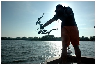 nj bow fishing trip guide service
